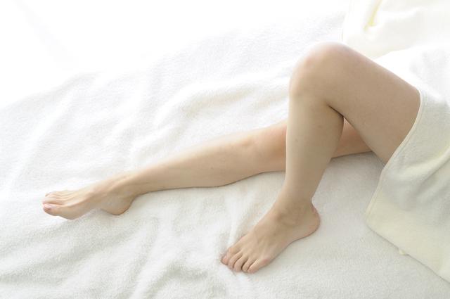 足の臭い対策を自分でしよう!足のツンとくる【くさい臭い】の原因と解消方法